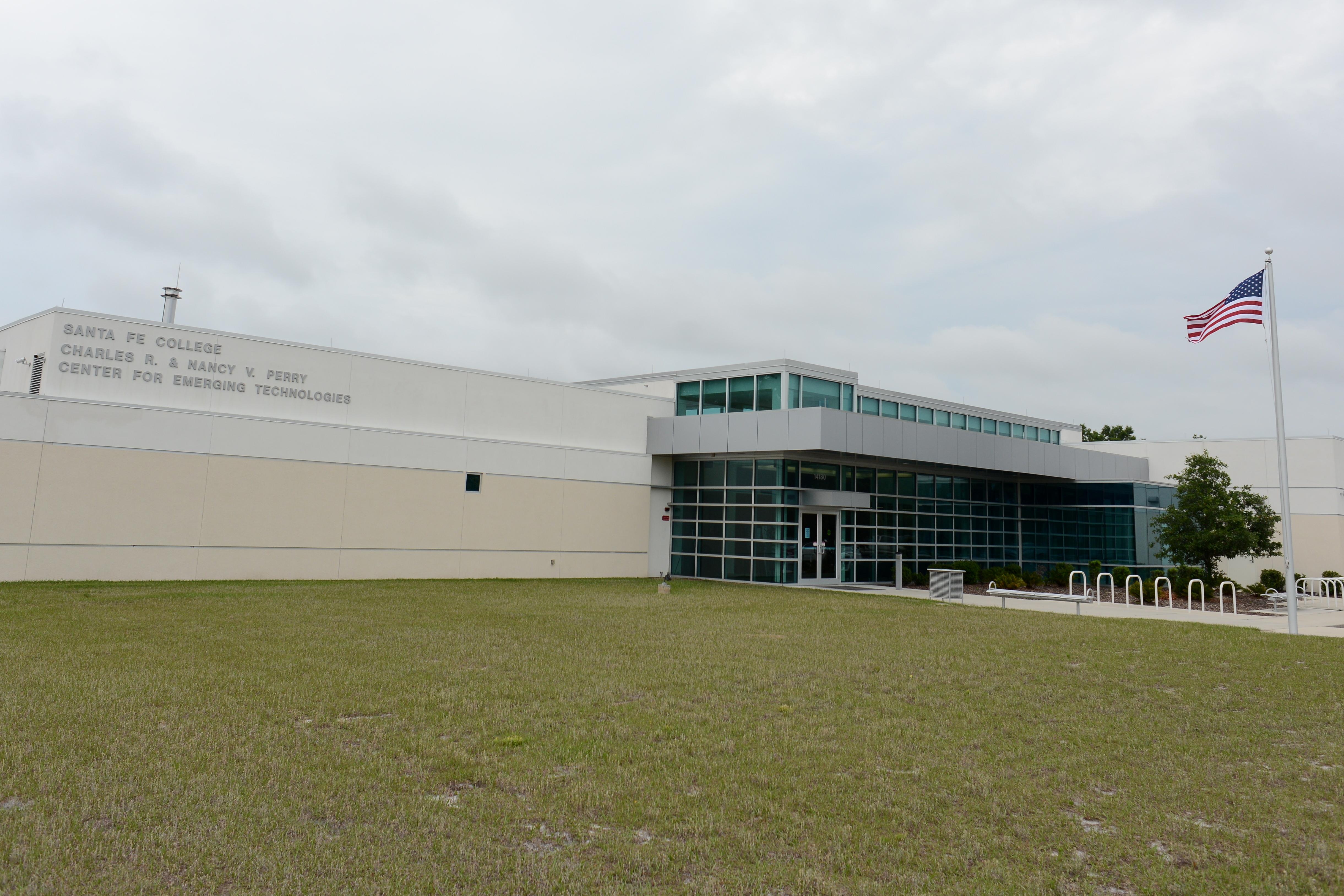 Santa Fe College's Biotech Program Fuels Area's Tech Boom - HOME