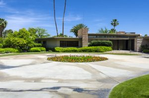 Step Into A Mid Century Modern Landscape Design Home Living In